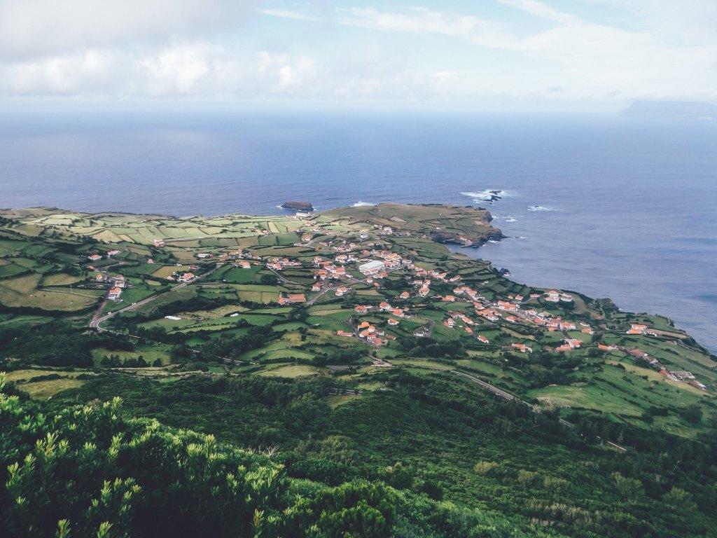 Die Azoren Insel Flores von oben